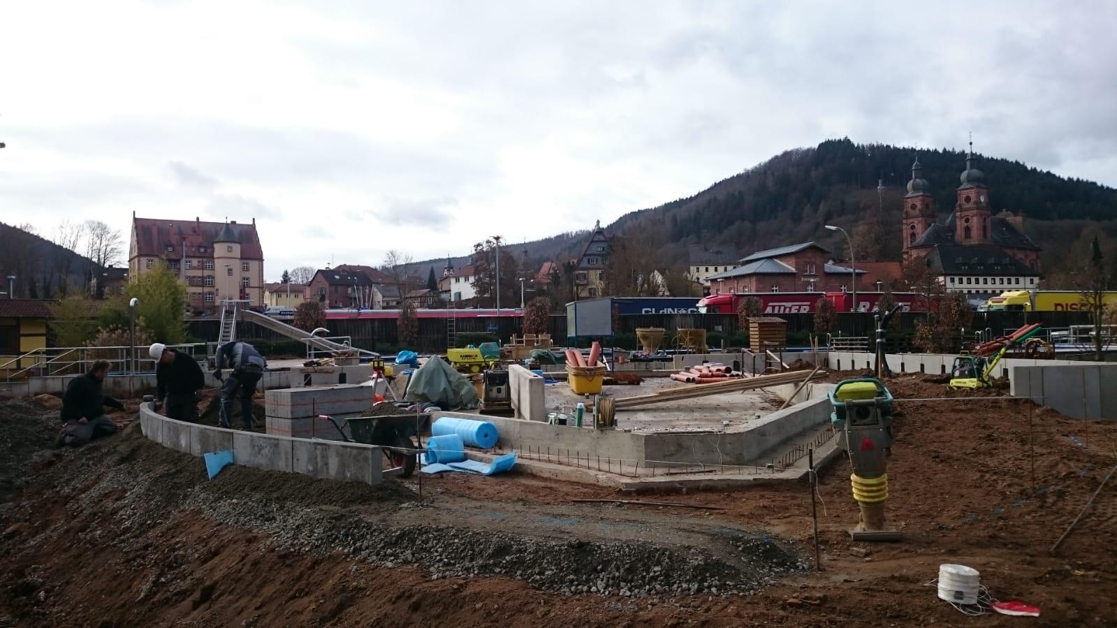 Baufortschritt Kinderbecken (1)
